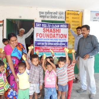 SOAPS DISTRIBUTED TO THE CHILDREN OF NANAKBARI VILLAGE , DISTRICT MORADABAD (14 JULY 2015)