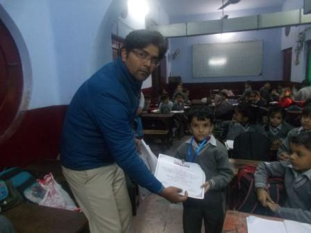 STUDENTS BEING AWARDED FOR THEIR ACTIVE PARTICIPATION & SUPPORT IN THE AWARENESS PROGRAM ON SANITATION & HYGIENE IN KANPUR (U.P.)JANUARY 2016