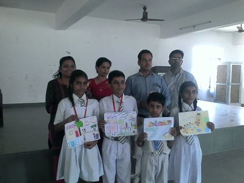 STUDENTS BEING AWARDED FOR THEIR ACTIVE PARTICIPATION & SUPPORT IN THE DRAWING COMPETITION  ON SANITATION & HYGIENE ORGANISED IN LUCKNOW(U.P.) APRIL 2016